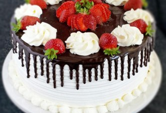 Honey Chocolate & Strawberry Cake
